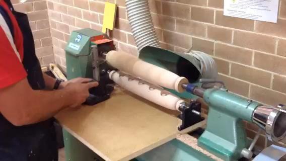 Mira estos 2 videos que muestra la copia Gire en acción. Preste mucha atención a las posiciones de la mano.