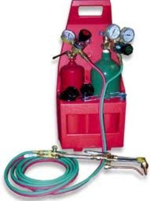 Cómo operar una Oxy-acetileno Soplete de corte