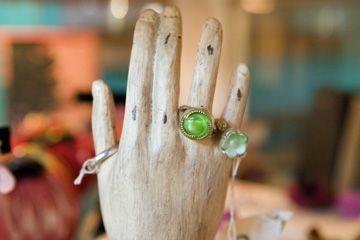 maniquí's hand