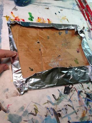 Me envuelvo en papel de cartulina para mi paleta.