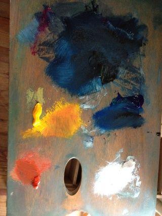 Rojo, amarillo, carmesí, negro, azul y blanco Pinturas de aceite de su tienda de arte local. SUGERENCIA: don't use too much paint. This is at the end of the process so you see how a little color goes a long way.