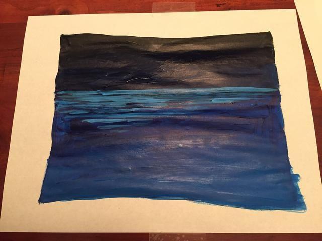 Pinte las ondas de relieve a través de su papel y sobre mitad de su papel.