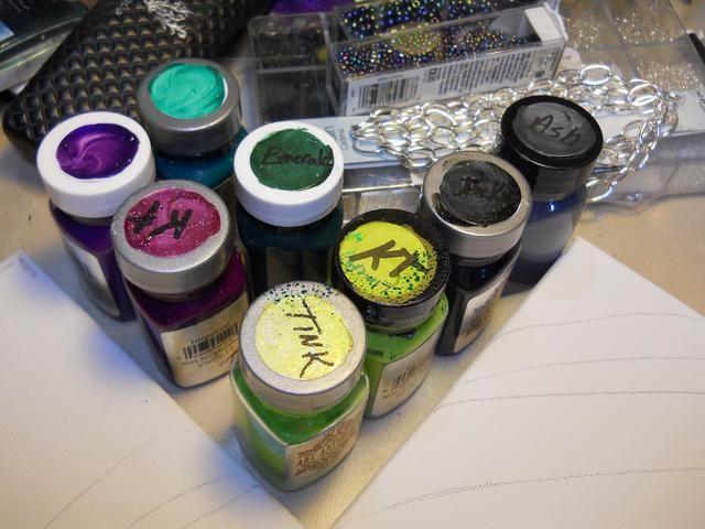 Elija los colores, yo quería esta pieza para que coincida con la antología de Arte Pintura colores desafío de muestras porque son tan hermosa! Usted puede encontrar que aquí http://artanthologyinc.com/blog/?p=10087