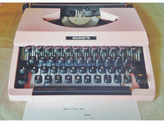 Cómo pintar una máquina de escribir