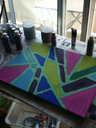 Decida dónde quiere que los distintos colores para ir y luego pintar toda la superficie expuesta. Puede que tenga que pintar dos o tres capas.