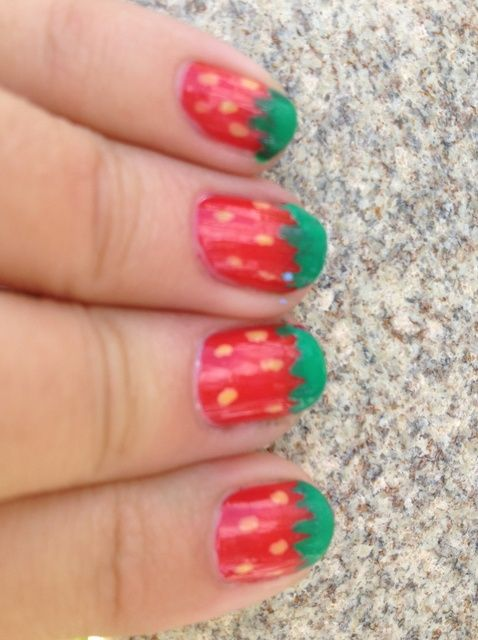 Cómo pintar lindos Nails fresa!