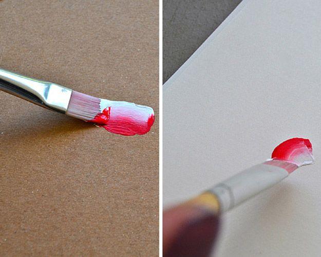 DIY simple Flor pintada con acrílico | http://artesaniasdebricolaje.ru/how-to-paint-flowers/