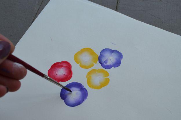 Pintura Simple y Fácil flor Tutorial para principiantes | http://artesaniasdebricolaje.ru/how-to-paint-flowers/