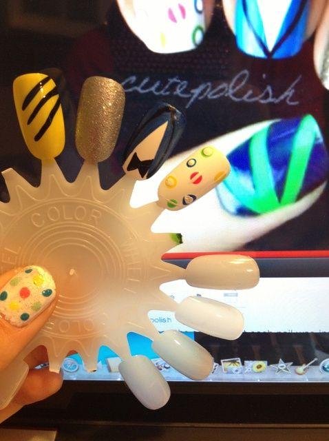 Fotografía - Cómo pintar las uñas de Gangnam Style