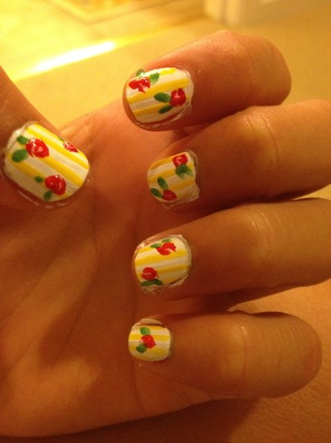 Cómo pintar Rose Nails