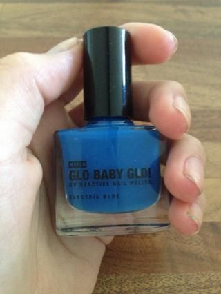 El primer color que usted'll need is blue.