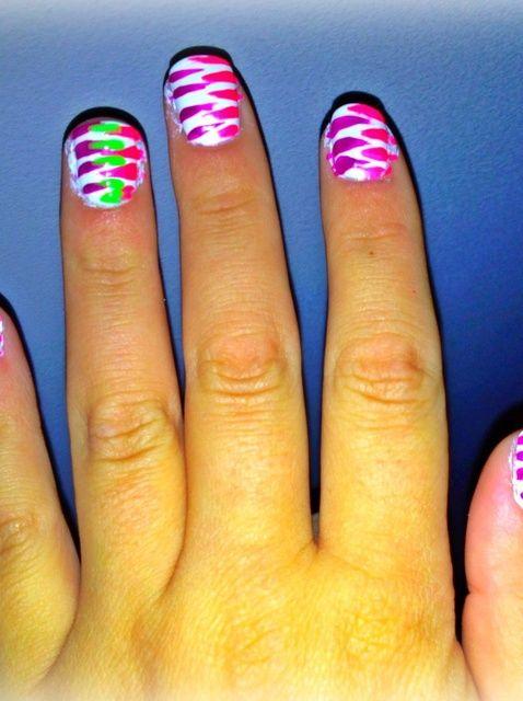 Fotografía - Cómo pintar ZigZag Nails