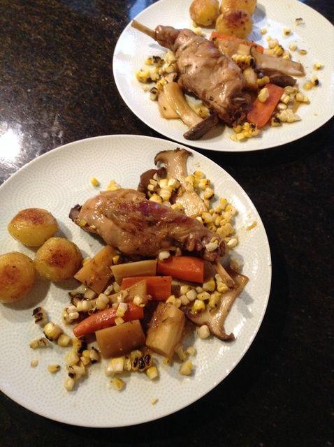 Cómo Pan frescas Hierbas y Riesling Jus asado Conejo W / Recetas