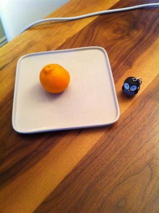 Ponga la clementina en una placa.