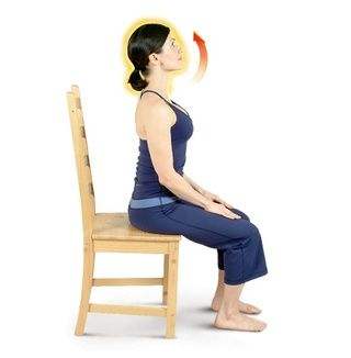 Realizar estiramientos del cuello para relajar la cabeza y calentar su cuello.