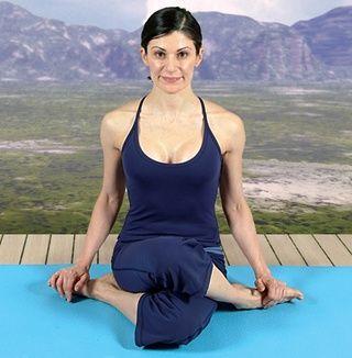Namaste! Para más increíble de yoga visita 101yogaposes.com