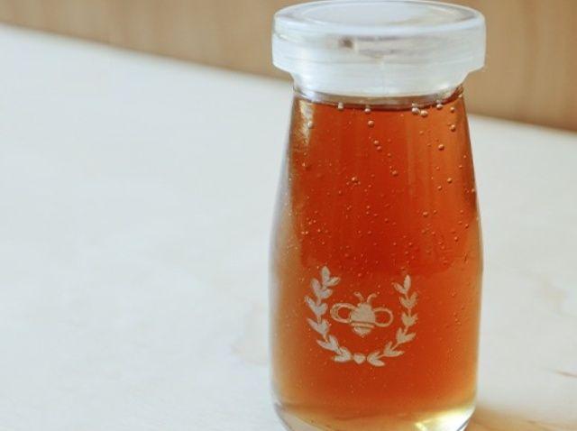 Cómo personalizar los tarros de miel
