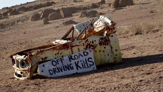 Sí, fuera de la conducción en carretera puede matarte ...
