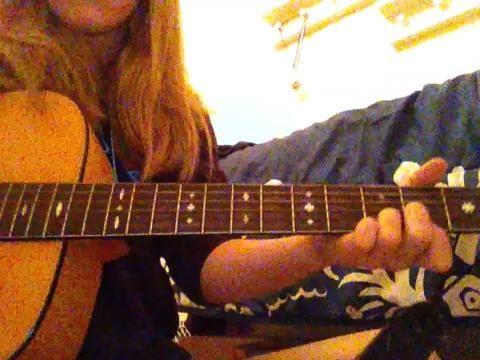 25.) Ahora puede apagar jugando estas 3 acordes y obtener una buena canción que suena!