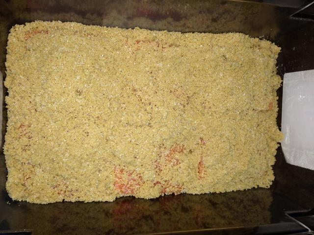 Cubrir esta capa plenamente con más mezcla de salmuera.