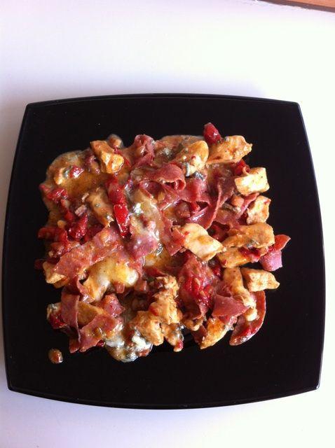 Cómo preparar pollo con pimientos y queso gorgonzola Receta