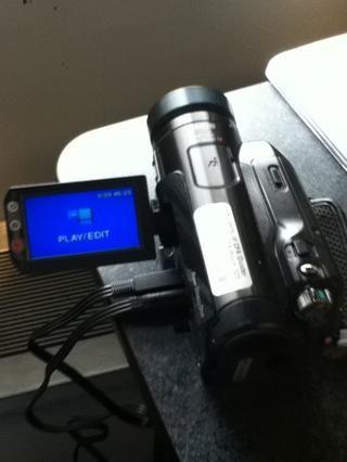 Encienda la cámara. Utilice la perilla de modo para cambiar al modo PLAY / EDIT.