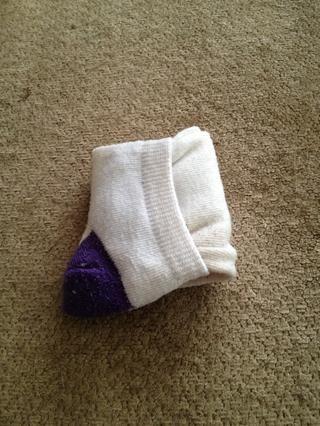 Incluso estos calcetines pliegan pequeña.