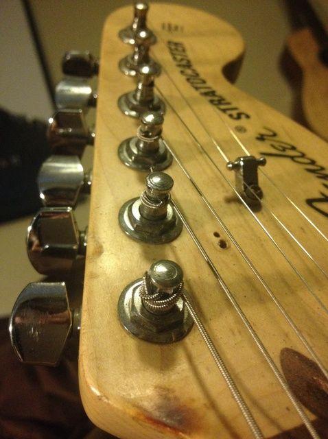 Fotografía - Cómo bloquear correctamente su Cuerdas de guitarra