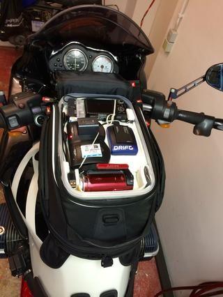 Mi principal uso es para montar mi bicicleta de vacaciones. El cuadro encaja bien en mi bolsa de depósito ropa de lluvia mimbre continuación. Así que todo lo que necesita mientras viajaba en un solo lugar.