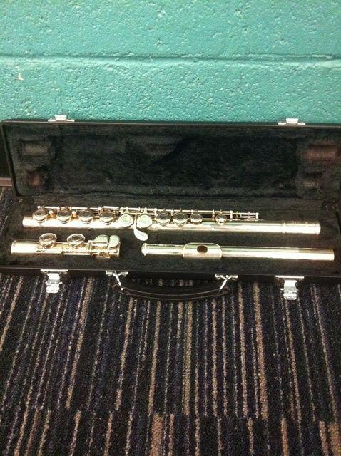 Cómo armar una flauta y una postura correcta