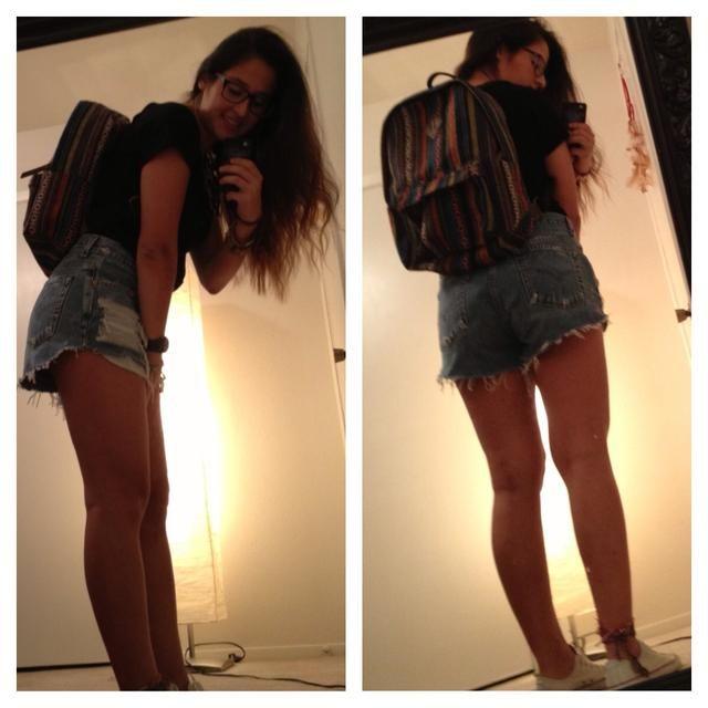 Robó mi hermana pequeña's backpack ��