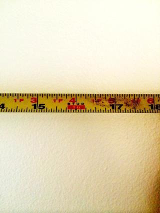 La cinta métrica Craftsman utilizo tiene el estándar estadounidense de 16