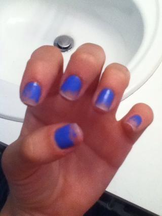 Voila! Ahora, cuando la aplicación de esmalte de uñas para arreglar chips de las crestas serán mínimos.