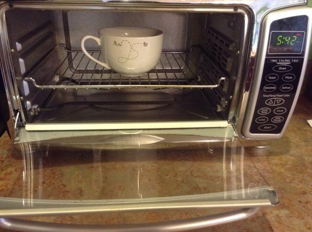Cuando suene la alarma, abrir el horno para que se enfríe más rápido
