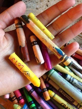 Reúne a tus crayones rotos
