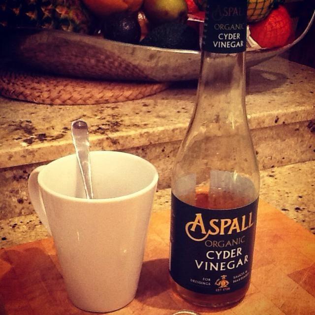 Añadir 3 tapones o 2 cucharadas de vinagre de sidra de manzana cruda a su receta. ACV es un verdadero súper alimento y ayuda con tantos problemas de salud. Más beneficios aquí: bit.ly/SoYDZZ