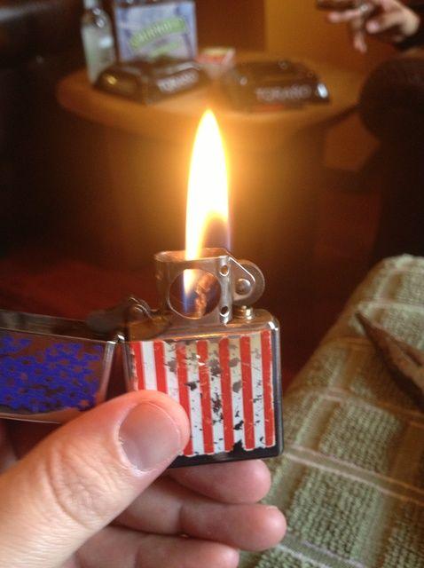 Cómo Renovar un Zippo Lighter
