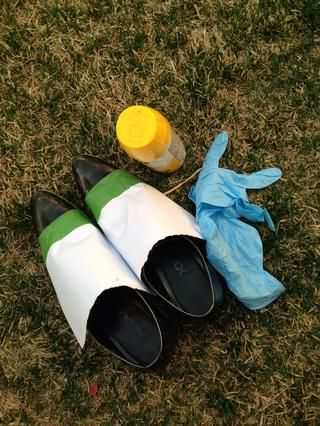 Su importante de pulverización de pintura en un área abierta con un buen flujo de aire. También cuando usted ganó't make a mess.