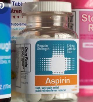 La aspirina pegar Crush aspirina y mezclar con agua poner en mordida