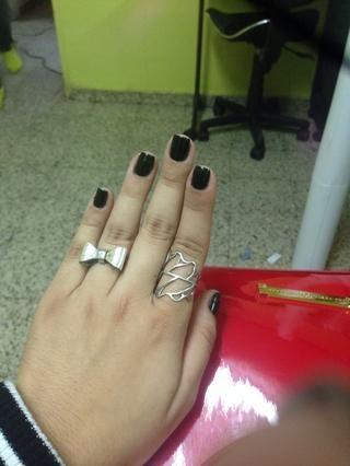Después de un mes, mis uñas se vean así! (Más saludable de lo que pensaba) :)