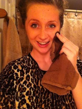 Retire jabón con bordes húmedos