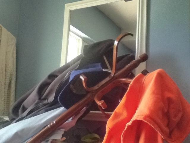 Alguien sabe cómo solucionar un perchero hilado tambaleante?