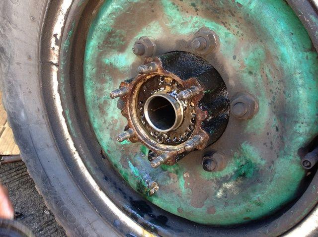 Fotografía - Cómo reemplazar Sello de aceite De Leaky Neumático de Straight Isuzu