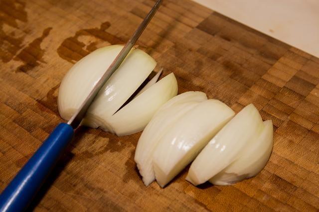 Las grandes rebanadas de cebolla