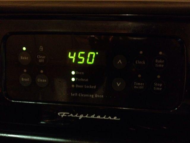 Precaliente el horno a 450 °