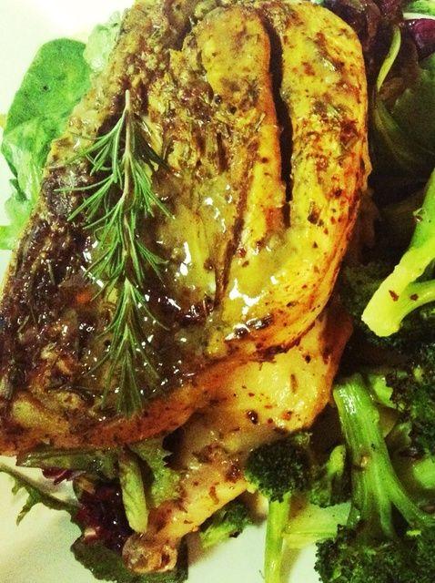 Cómo asar pollo en hierro fundido Sartenes Con Giblet Gravy Receta