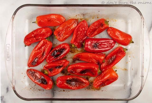 Asado en horno moderado durante unos 15 minutos o hasta que la carne se suavizó y desarrollar una piel tiernos encantadora. Se puede servir caliente o frío de cualquier manera que're yummy! Enjoy!