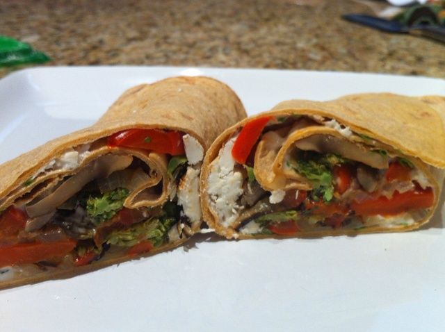 Cómo asar verduras y hacer un abrigo de Receta Sandwich Veggie