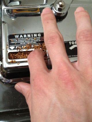 Cuando el hecho de embalaje en asegurarse de que la esquina derecha es el tapón dentro de la cámara.