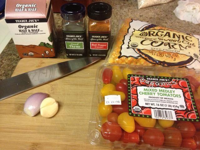 Los coulis de maíz y tomates asados se pueden hacer varias horas por delante.